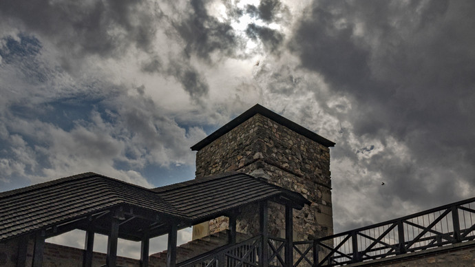 Megdöbbentő felvételek: tornádó alakult ki Sárospatak közelében?