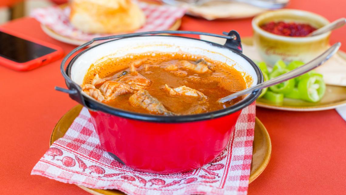 Egyre több tányérra kerül ebből a húsból: így fogyasztja a legtöbb magyar