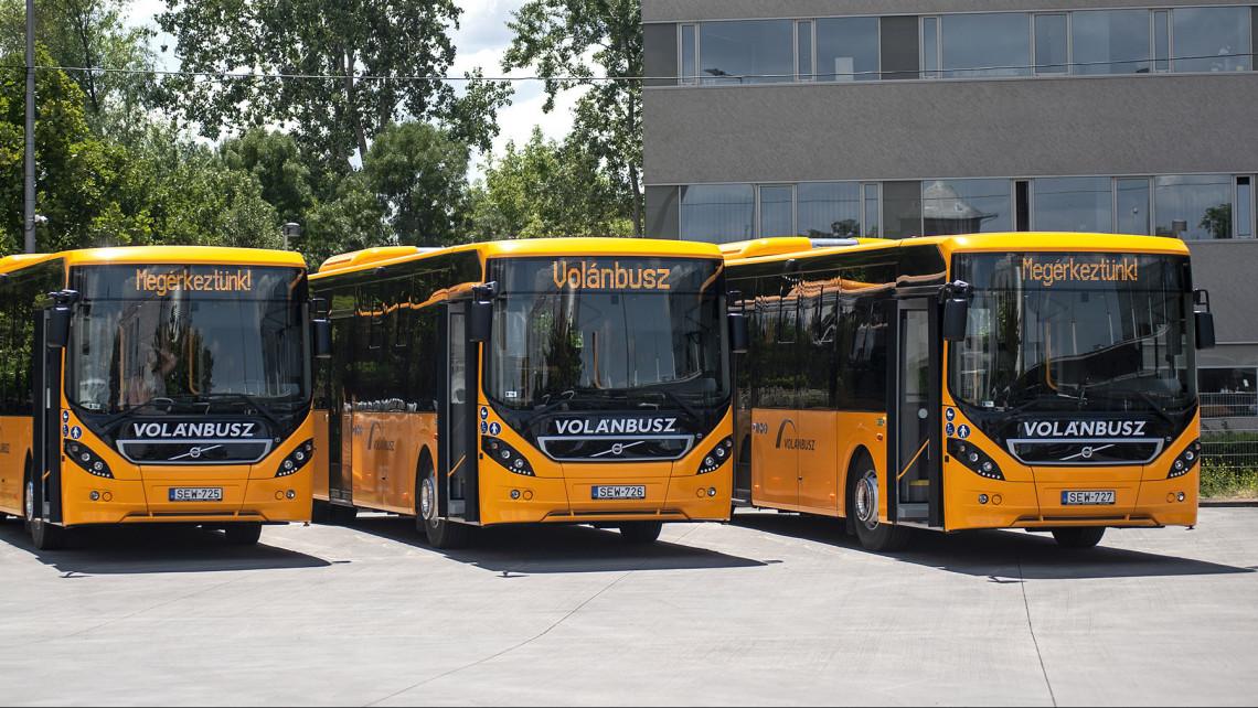 Mostantól járnak a Volán új, fullos buszai: ezeken a vonalakon lehet rajtuk utazni