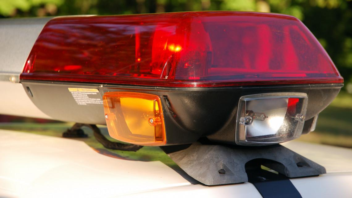 Rendőrök razziáztak a balatoni bulinegyedben: közel ezer embert ellenőriztek