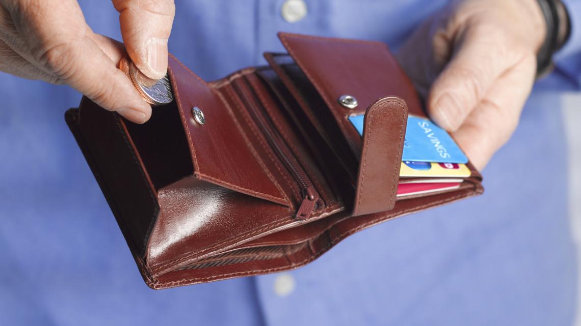 Fontos határidőre figyelmeztetnek: rengeteg pénz múlhat rajta