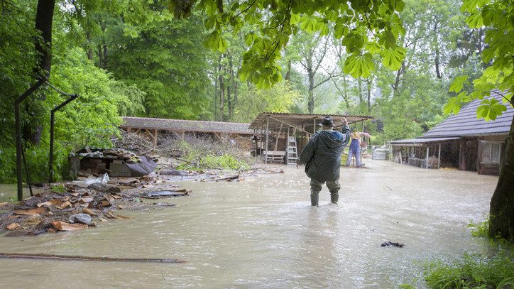 Elképesztő mit művelt a hétvégi vihar: 63 embert kellett kitelepíteni Somogyban