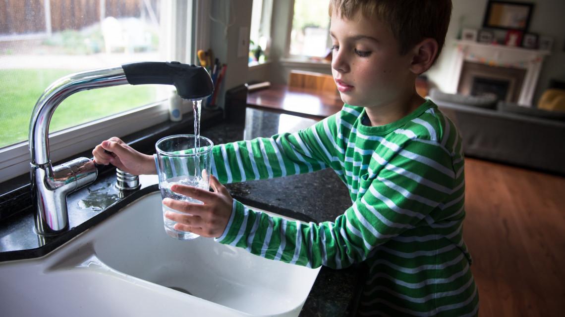 Újra fertőző az ivóvíz a balatoni településen: mutatjuk a részleteket
