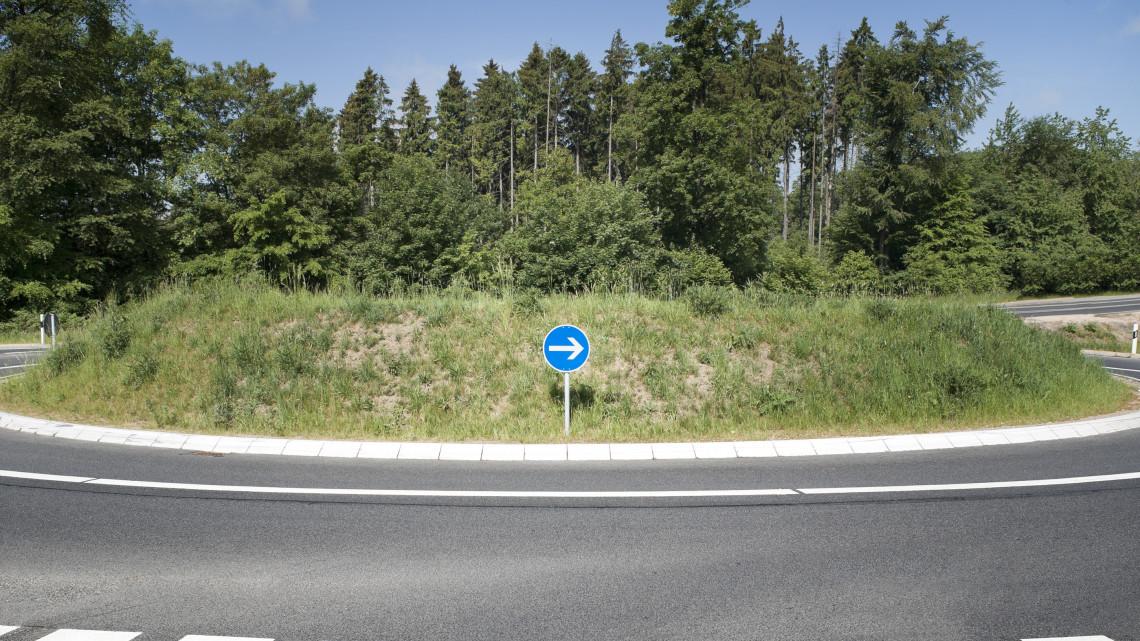 Rengeteg magyar balesetezik ezen a szakaszon: most körforgalom épül a halálkereszteződésnél