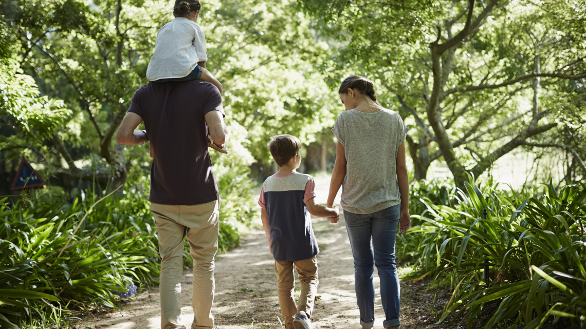 Ausztrál őslakosok érkeztek az állatkertbe: fotókon a mókás jövevények