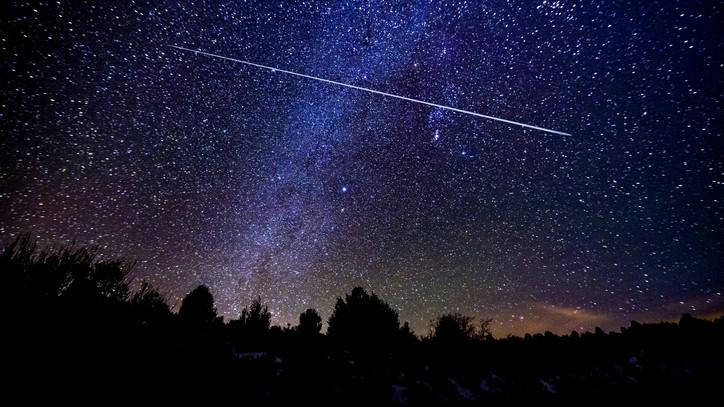 Elképesztő égi jelenség: meteor szelte át az eget Balassagyarmat fölött