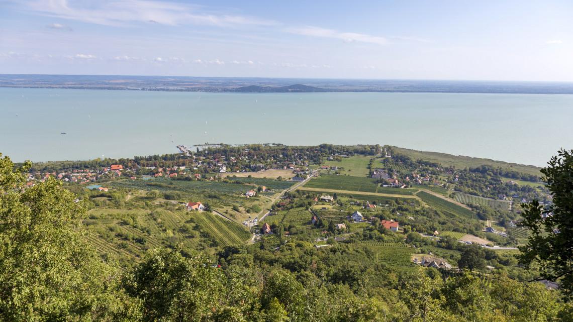 10 éven belül komoly átalakulás jöhet a Balatonnál: mutatjuk, mire készülnek