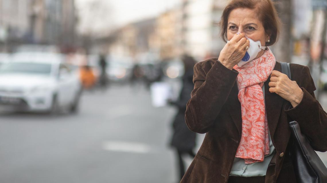 Nem veszélyeztetettebbek az allergiások: erre viszont jobb ha mindenki figyel