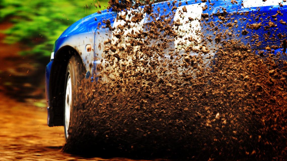 Tragédia: halálos baleset miatt, azonnal leállították a miskolci autós versenyt