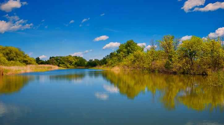 Kikötőt kapott a vidéki város: tényleg a folyó lesz a főutcája?