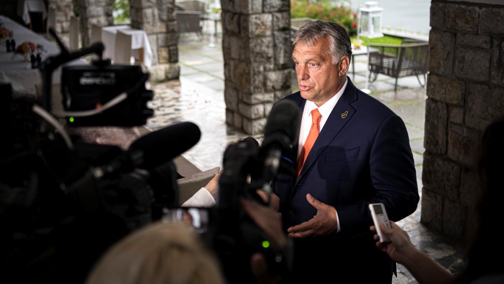 Újabb bejelentést tett Orbán Viktor: fel kell készülni a fertőzöttek számának növekedésére