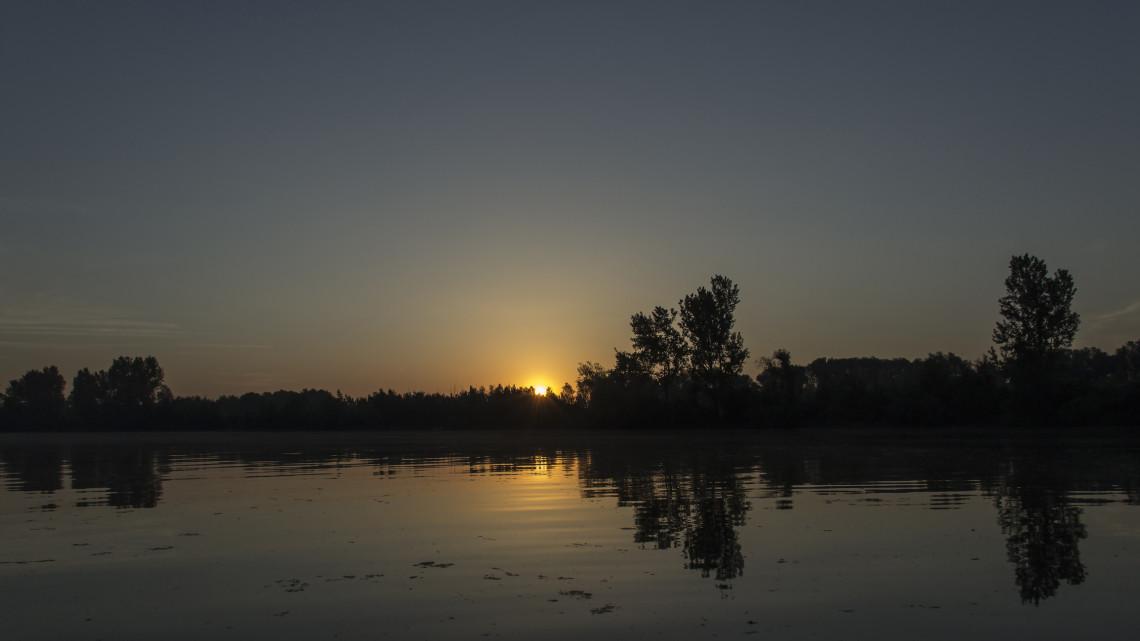 Brutális mennyiségű szemét úszik a magyar folyón: ennyit sikerült most kigyűjteni belőle