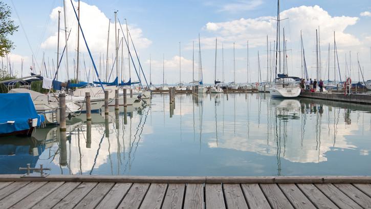 A sok bizonytalanság után most vált biztossá: kezdődhet vitorlás szezon a Balatonon