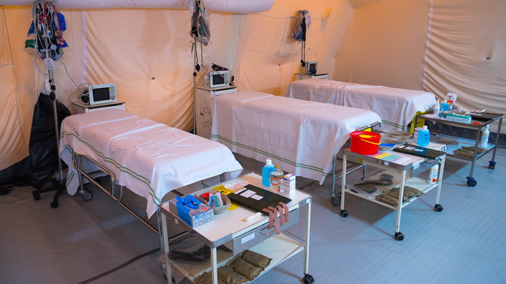 Segítséget kért a farkasgyepűi kórház: mobilházakkal támogatják a tüdőgyógyintézetet