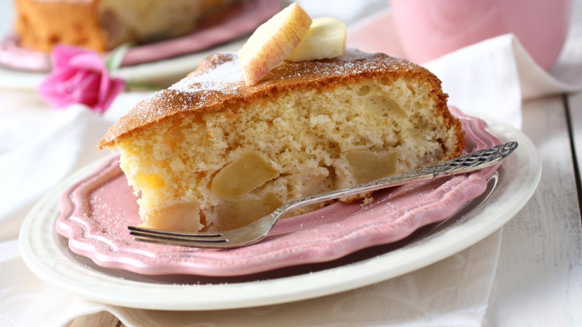 Ez lehet az őszi hétköznapok kedvence: íme a legfinomabb húszperces almás sütemény