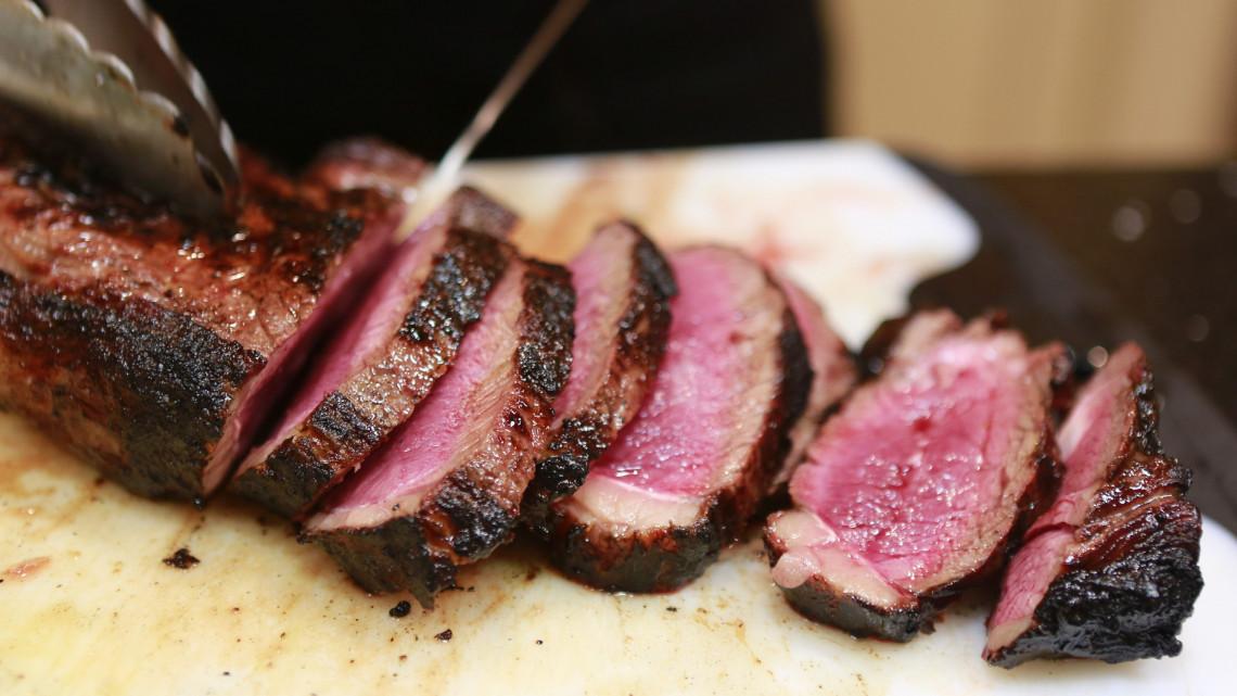 Így hat a testedre, ha soha többé nem eszel húst: tényleg jobban jársz?