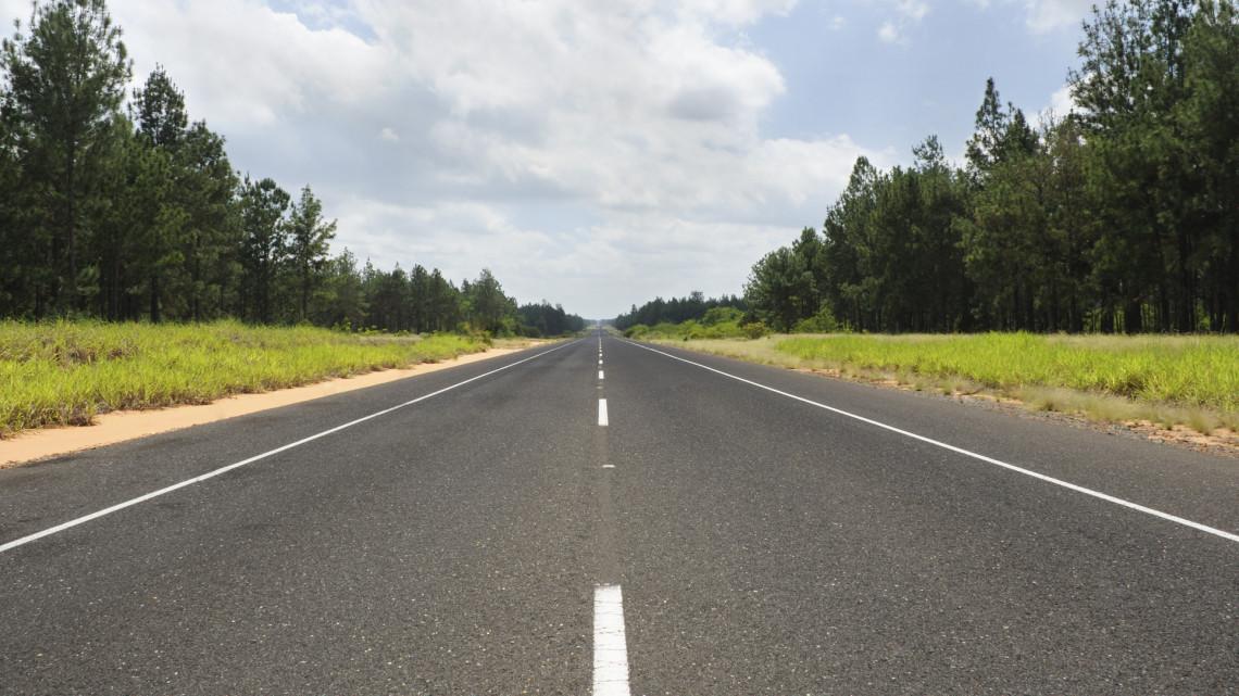 Nagyszabású felújítás kezdődik az autópályán: mutatjuk, melyik szakaszokat érinti