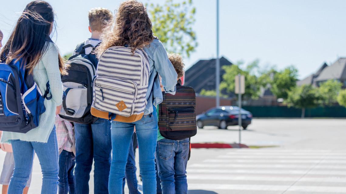 Koronavírus: fertőzötteket találtak a vidéki iskolában, karanténban több osztály és tanáraik