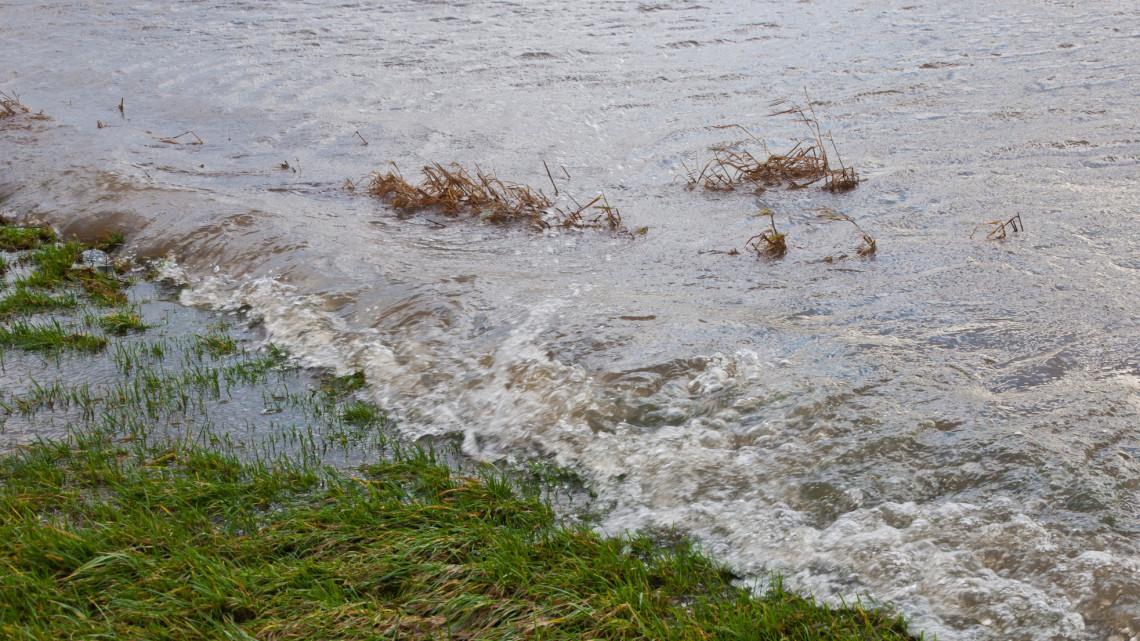 Drámai helyzet Borsodban: már több települést is elzárt az árvíz a külvilágtól