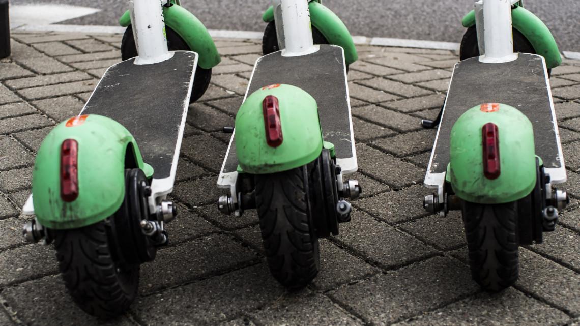 Elárulta a Lime, lesznek-e jövőre is e-rollerek a Balatonnál