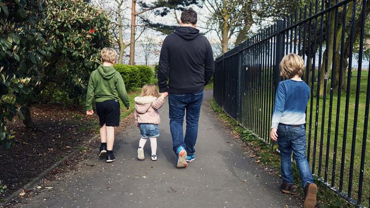 Vádat emeltek a taktaharkányi nő ellen: óvodás gyerekeket fenyegetett veréssel