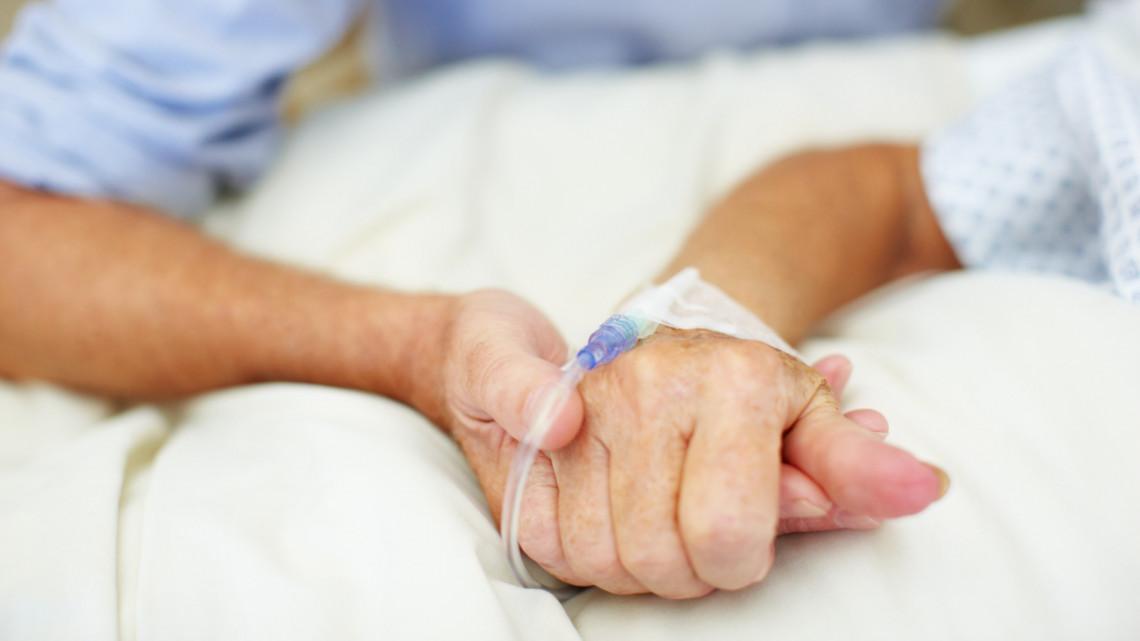 Hivatalos: elrendelték a halasztható műtétek felfüggesztését