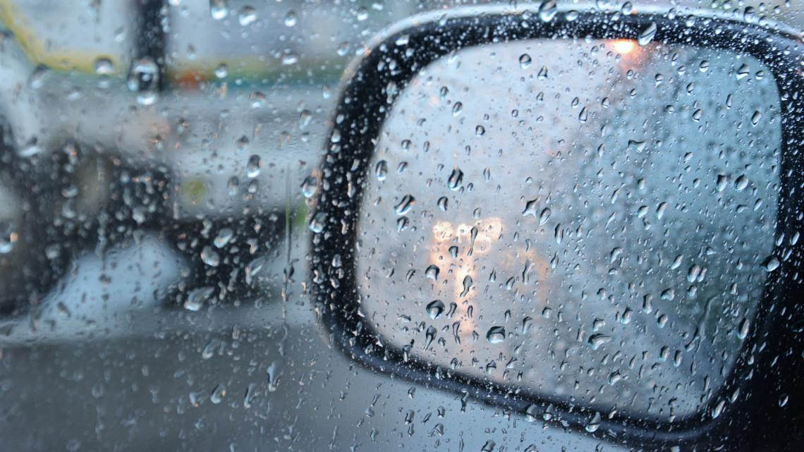 Autósok, figyelem: több megyében veszélyes lehet ma a közlekedés