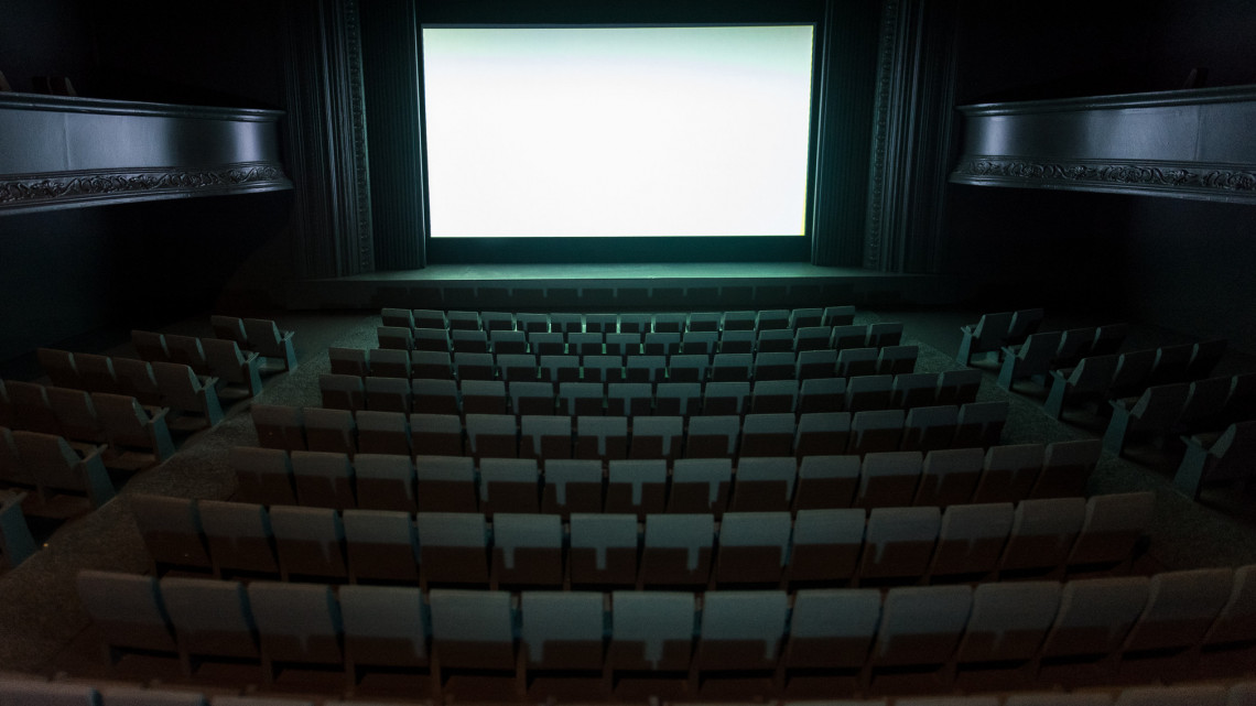 Bezárnak a mozik: kiderült, mi lesz az előre megváltott jegyek sorsa