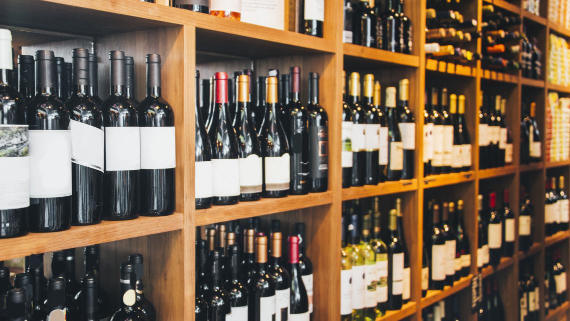Sikerrel zártak egy nehéz évet a borászok: elegendő mennyiségű bor került a pincékbe