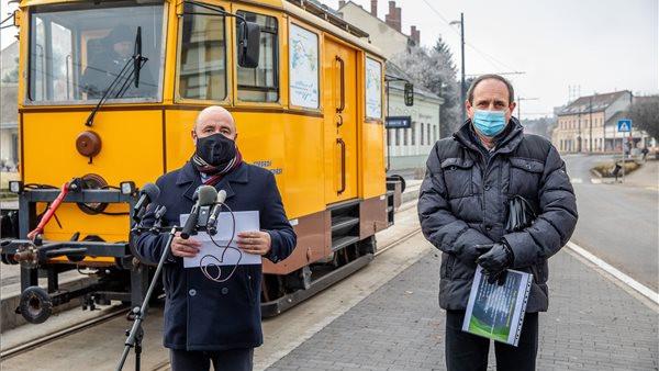 100 éve nem történt hasonló: már tesztelik a vidéki nagyváros vadonatúj villamosvonalát