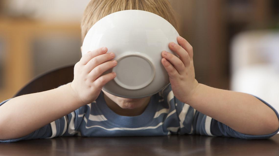 Csattanó maszlaggal szennyezett élelmiszert hívtak vissza: nehogy megedd, ha vettél!