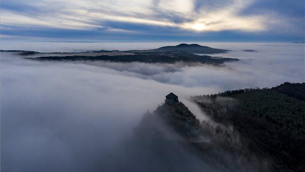 Káprázatos felvételek érkeztek Nógrádból: ködfátyol burkolta be a megyét + fotók