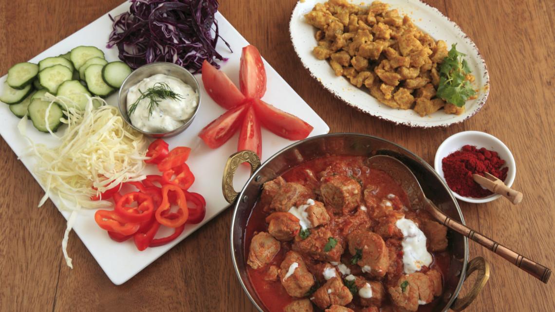 Sorra nyitják az éttermeket: elárulta titkát az ország első számú roma vendéglőse