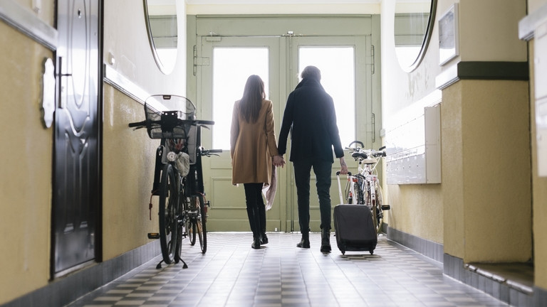 Kipukkad 2021-ben az ingatlanpiaci lufi: megéri még várni a vásárlással?