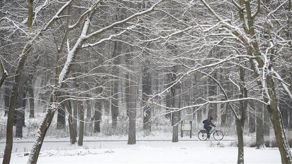 Sokfelé havazott: mutatjuk, ma hol ébredtek igazi téli hangulatra