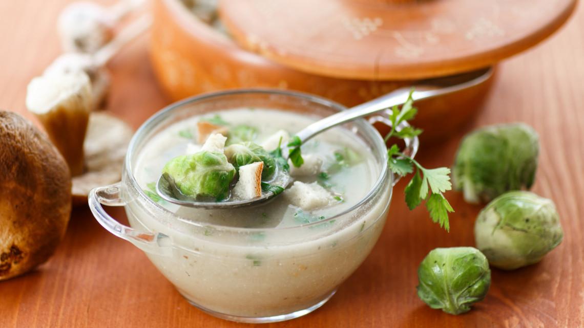 Egyszerű kelbimbó főzelék mirelitből: kelbimbó főzelék recept egész évre