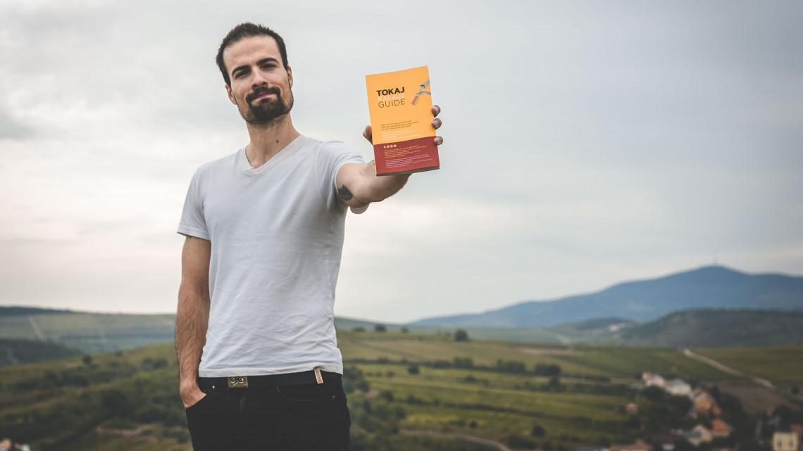 Nemzetközi díjra jelölték: a kétnyelvű TokajKalauz is bekerült a Gourmand Awards döntőjébe
