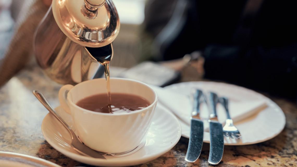 Inkább ezeket rakd a kávéba, teába cukor helyett: 6 alternatív megoldás édesítésre