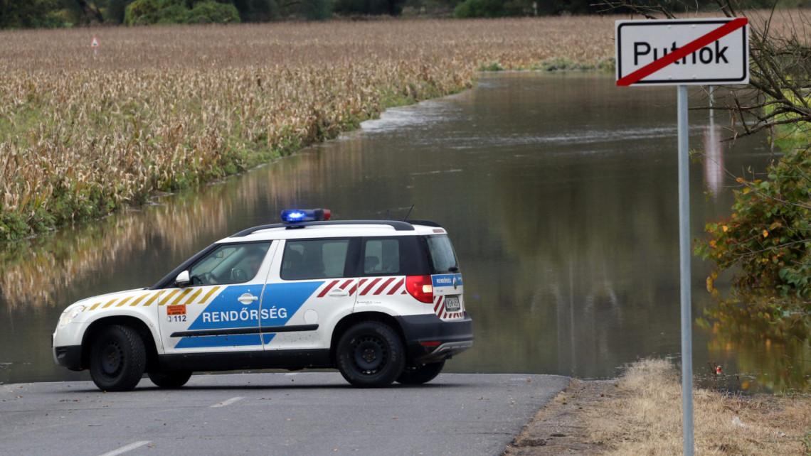 Egyre drámaibb a helyzet: az áradó Tisza komoly gondokat okoz