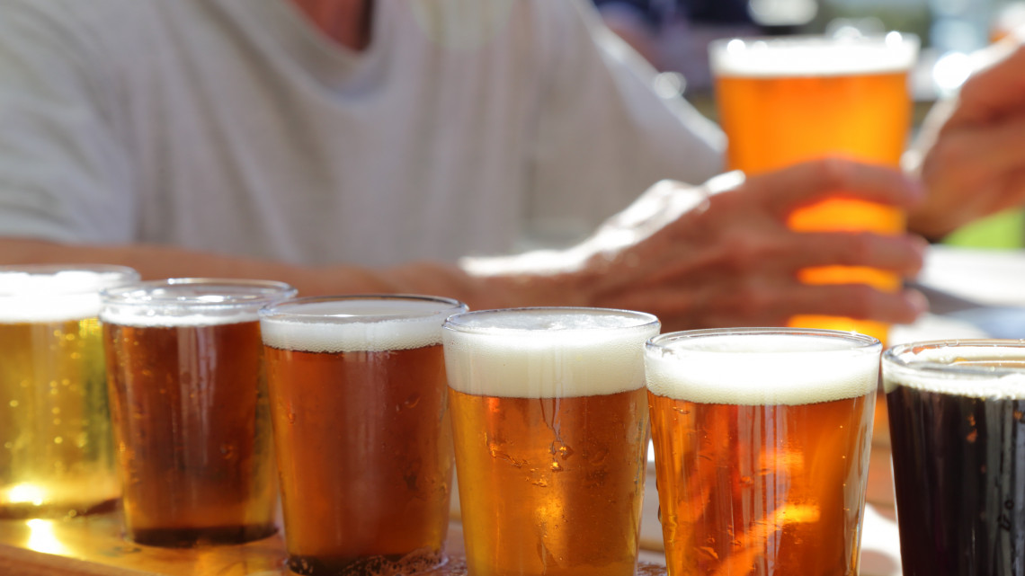 Agyonvágta a vidéki sörfőzdéket a járvány: brutálisan csökkent tavaly a forgalmuk