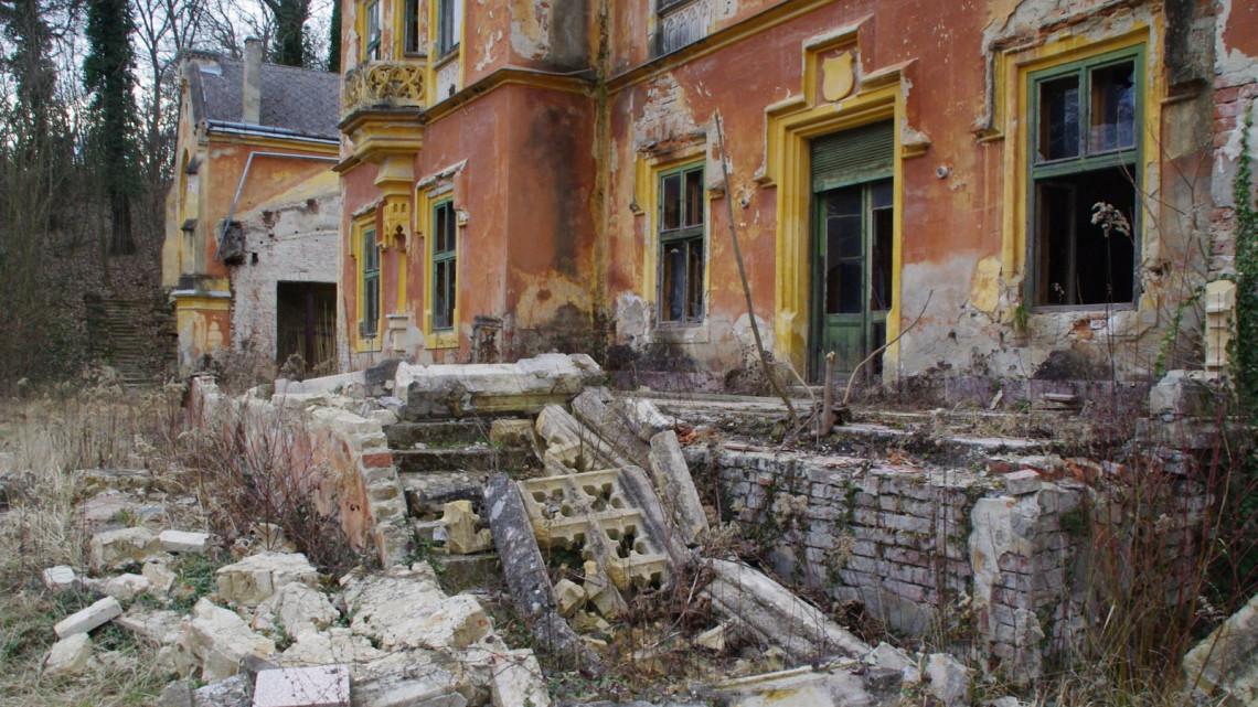 Kész horror, mi lett a vidéki luxusból: újabb elherdált kastélyok, amikért fájhat a szívünk