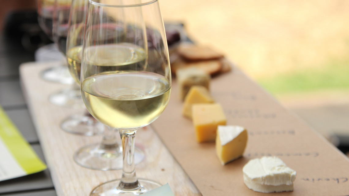 Ez történik a testeddel, ha minden nap iszol bort: erre nagyon figyelj