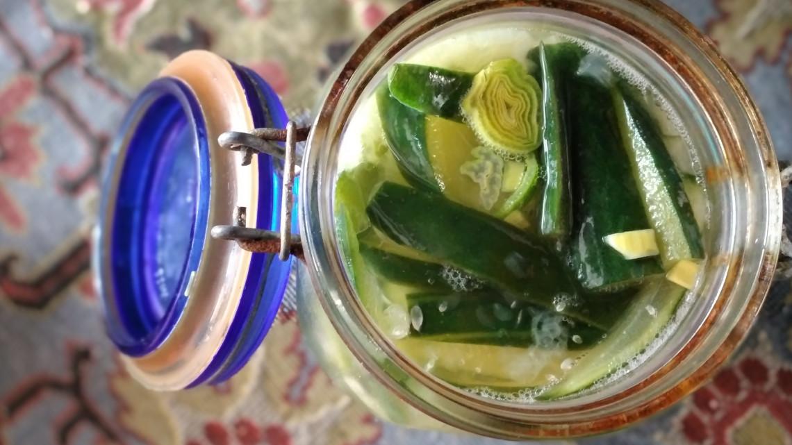 Felejtsd el a pirulákat, inkább fermentálj: elszálltak a zöldségárak, de így is tuti ez a praktika