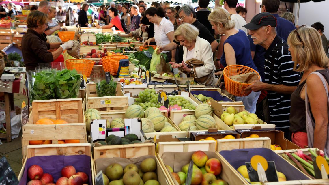Nesze neked, piacozás: jelentősen csökkent a vásárlási kedv a Balaton-parti városban