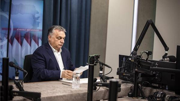 Orbán Viktor: aggasztóak a hírek, de május végére, júniusra kint vagyunk a vízből