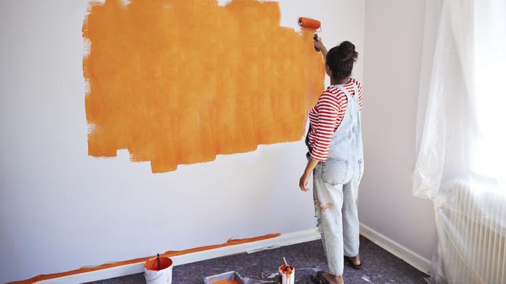 Így hozd ki olcsón a felújítást: mutatjuk, hogy varázsolhatod világosabbá a szobát fillérekből