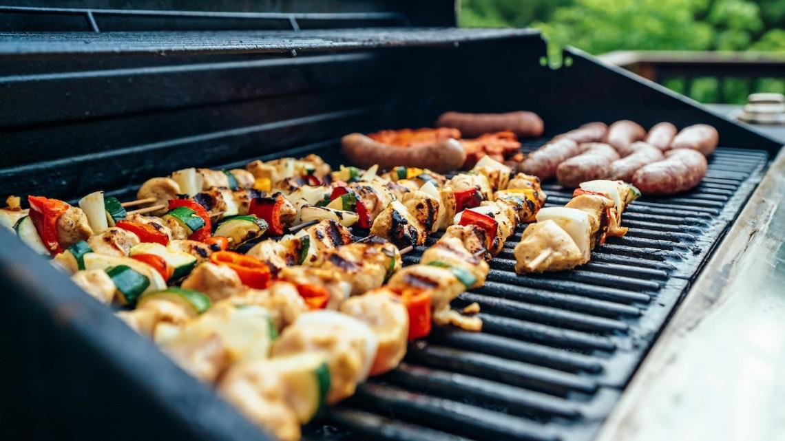 Nyakunkon a grillszezon: erre 6 veszélyforrásra mindenképpen érdemes figyelni