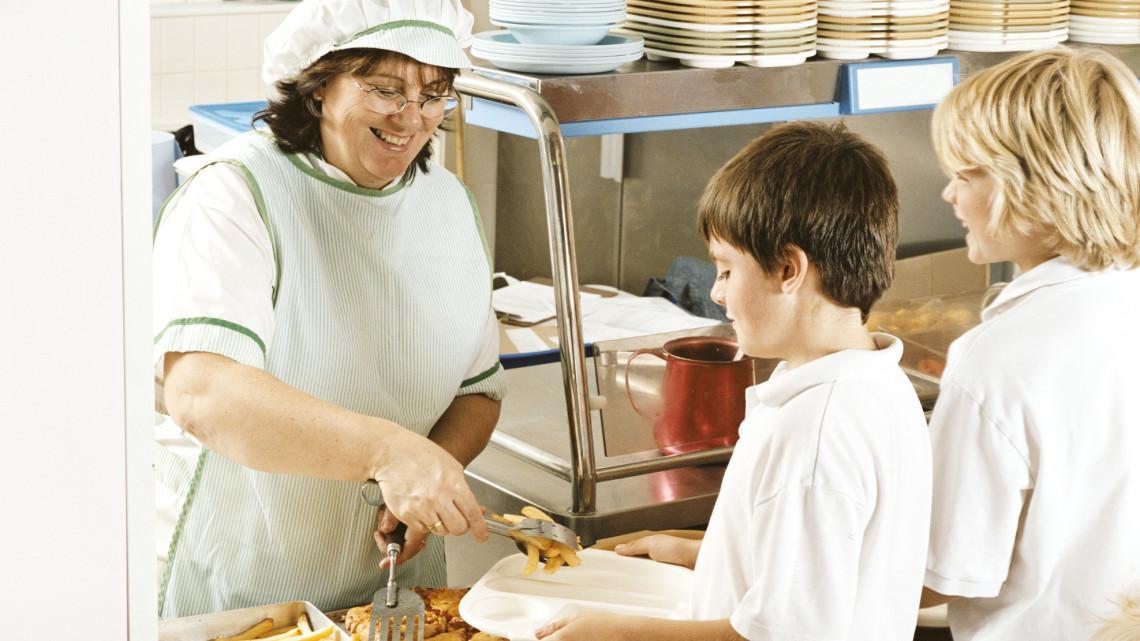 Bajban a sulis menzák: hány adagra főzzenek, mire készüljenek?