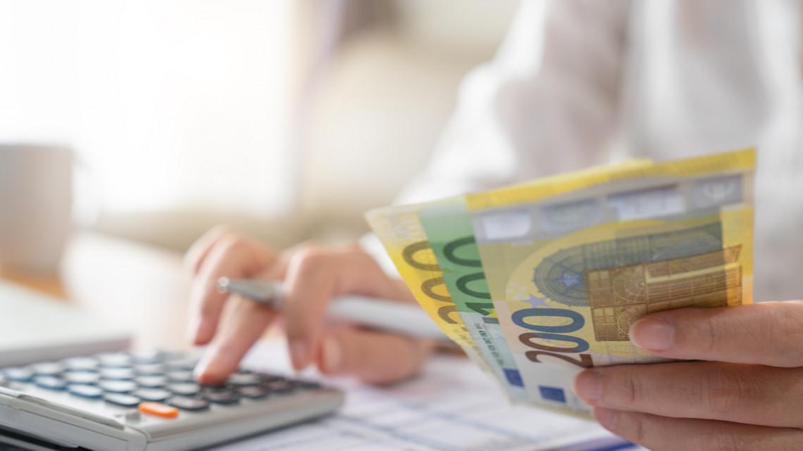 Durva meglepetés érhet: sokba kerülhet így a készpénzfelvétel