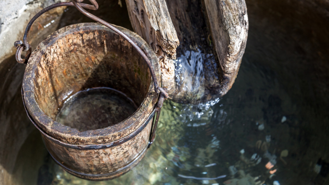 Rengeteg pénzt spórolhatsz, ha így csináltatod: óriási kincs egy tiszta vizű saját kút